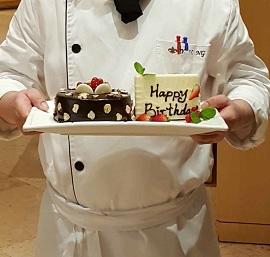 龍堡國際_尊享免費生日自助晚餐